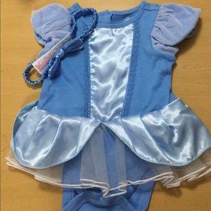 Size 6-9 M DisneyParks Cinderella 2 Pc  Onesie Set